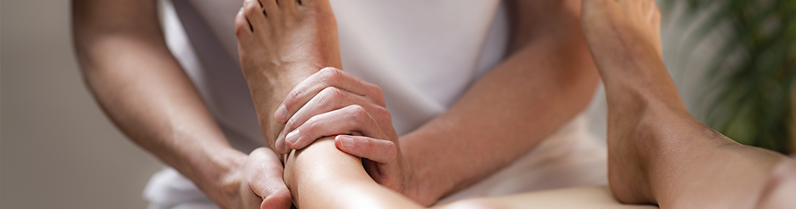 Fysiurgisk massage udført på fod